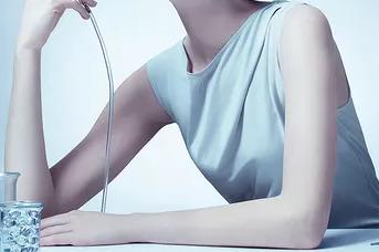 宁波凯丽国际整形医院冰点脱毛 光滑肌理 脱出美丽