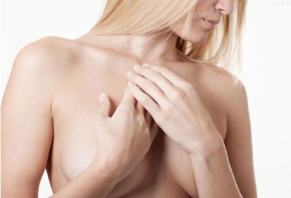 重庆骑士医院整形科 乳房下垂矫正术让您重获自信