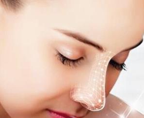 青岛琅梵亚美妍整形医院歪鼻矫正的切口 术后如何保护