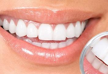 沈阳博得口腔门诊部做种植牙大概多少钱 门牙可以种吗