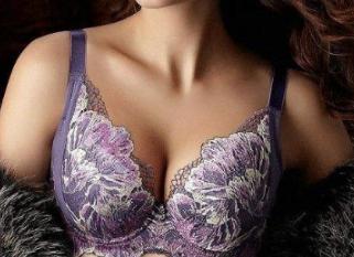 女性出现巨乳症怎么办 西宁澳丽整形医院巨乳缩小安全吗