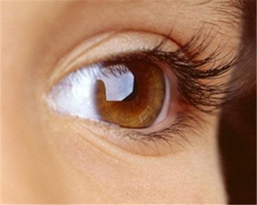 新疆整形医院植发科种植睫毛得多少钱 对眼睛有伤害吗