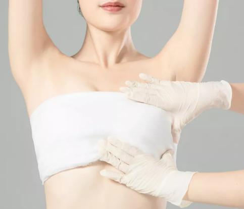 隆胸假体取出修复来预约丁小邦 就来北京艾玛整形医院