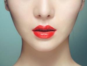 厚唇改薄哪里做呢 昆明超然整形医院厚唇改薄优势是什么