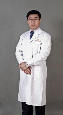 自体软骨隆鼻哪位专家强 杭州维多利亚专家刘中策专注隆鼻
