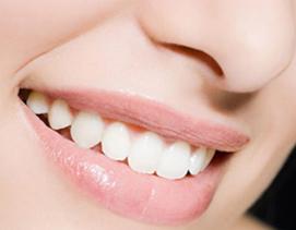 烤瓷牙过敏怎么办 厦门登特口腔烤瓷牙为牙齿健康增添色彩