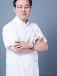 假体隆胸水滴和圆形哪个更自然 杭州时光医院项昌峰专访
