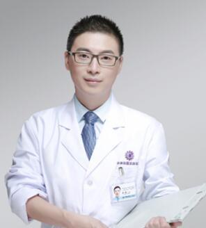 鼻部美学大师 四川华美紫馨医院徐鹏做鼻小柱延长的方法