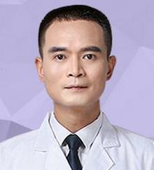 隆胸失败的原因有哪些 东莞美立方医院李志刚隆胸修复方法