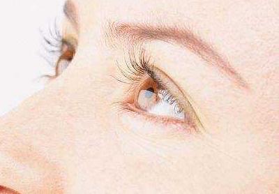 上海美莱医院何祥龙做全切双眼皮手术过程 明眸翘睫亮眼术