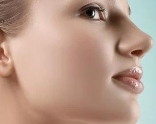 重庆艺星整形医院朱家旭做隆鼻修复手术方法 能反复修复吗