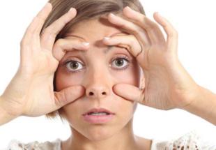 眼睛护理不能少 兰州武威华美整形王桂龙无痕祛眼袋技术好