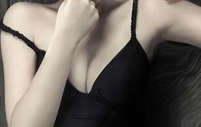 贵阳美莱整形医院梁洁内窥镜丰胸专业 打造理想胸型