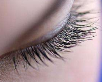 睫毛种植手术的过程 长沙美莱医院植发科专业吗