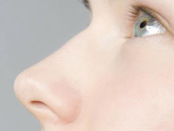做鼻整形哪家好 苏州华美整形医院歪鼻子的矫正方法