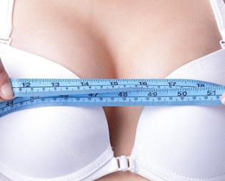 乳房下垂的原因是什么 烟台鹏爱整形医院乳房下垂矫正