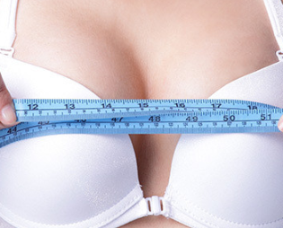假体隆胸术后可以维持多久呢 深圳富华整形唐新辉简介