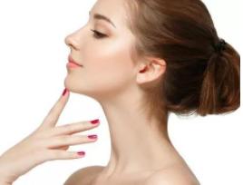深圳美颜门诊部假体隆鼻手术特点有哪些 价格需要多少钱