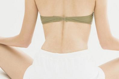 哪些人不适合背部吸脂 郑州悦美整形医院分层吸脂 塑造美背