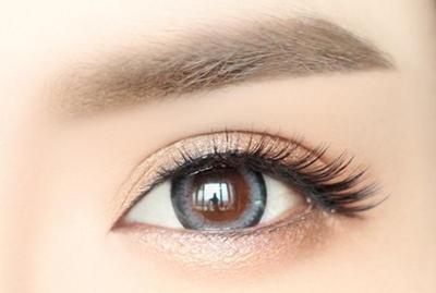 切眉眼睛要肿多久 西安西美整形刘小刚重塑眉形 改善松弛