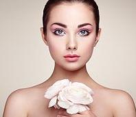假体隆鼻能维持几年 北京朝阳医院整形美容正规吗