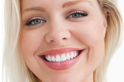 牙齿越白越好吗 西安美莱整形医院陈杰牙齿贴面价格贵吗