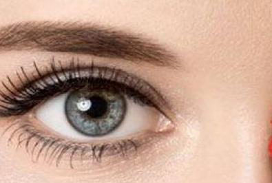 韩式三点双眼皮和全切双眼皮区别 重庆华美尹度龙重睑无痕