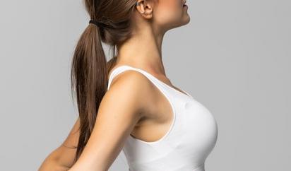 假体隆胸恢复期会遇到哪些问题 昆明韩辰整形王德宁知冷暖