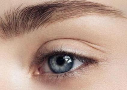 扩大眼部视野 昆明铜雀台整形丁蓓蓓上睑下垂矫正效果好吗