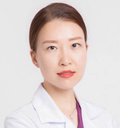 假体隆鼻能维持多久 太原美媛荟整形医院肖蓉技术专业