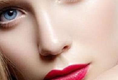 重庆鼻翼缩小多少钱 军美整形胡金香方法多样 潜心雕刻