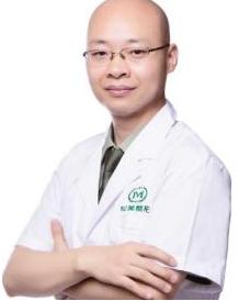 重庆军美王青松医生做自体脂肪丰胸安全吗 丰胸术前须知