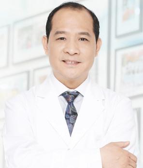自体软骨隆鼻的价格 北京煤医美容医院王英勇30年经验
