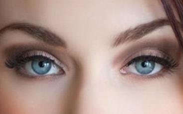 怎么样保持眼部的魅力 赣州华美激光去眼袋让你时刻美丽