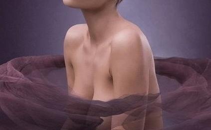 重庆乳房下垂矫正多少钱 美仑美奂整形毋巨龙胸整形靠谱吗