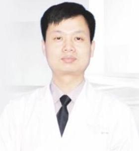 湖南湘西丽人医院整形自体脂肪隆胸 彭劲松技术如何