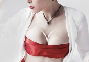 胸部整形专家排名 四川成都娇点医院马占军假体隆胸口碑