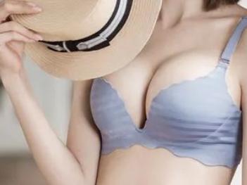 自体脂肪丰胸需要几次 成都八大处穆大力技术倍受高度好评