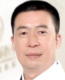 广州中家医家庭医生朱云面部吸脂专业 吸出精致小脸