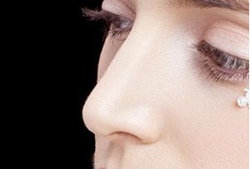 补足缺陷 重塑美鼻 青岛壹美整形隆鼻修复价格贵吗