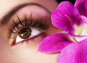 新疆整形医院植发整形科睫毛种植需要多少钱 安全性高