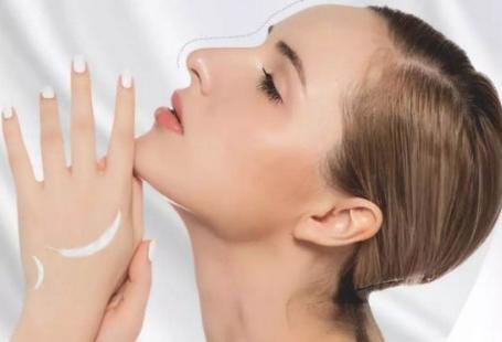 假体隆鼻材料优缺点分析 北京延世宋俊岭镌刻45度立体美鼻