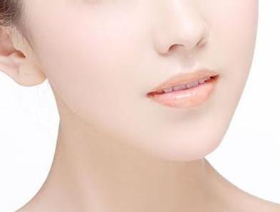 上海华美整形医院王荣锡面部吸脂 成功打造V型脸