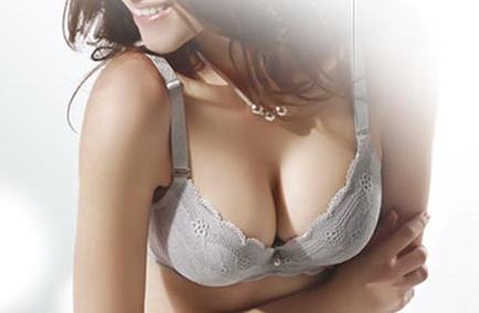 内窥镜隆胸安全吗 广州美莱整形李高峰内窥镜技术闻名业界