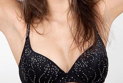 隆胸失败应该何时修复 长春中妍整形让胸部重生