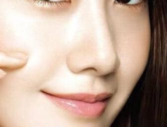 鼻尖整形方法有哪些 上海9院整形科陈付国垫鼻尖自然吗