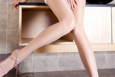 大腿吸脂手术安全吗 北京艺美王东水动力吸脂 性感美腿立现
