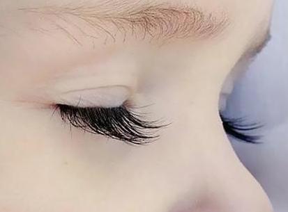 睫毛种植只能用头发吗 芜湖壹加壹植发睫毛种植能维持多久