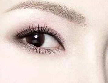 宁波第一医院整形科割双眼皮价格 胡文波切开双眼皮永久吗