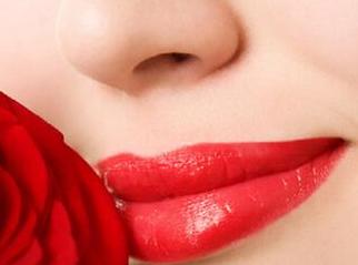 纹唇的价格 济南爱容整形医院让唇部更加有色彩